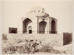 Tatta, Karachi District, Sindh. Mirza Jani Beg's Tomb, general view